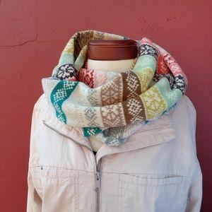 GAP Fair Isle Print Wool Infinity Scarf Fall Gift